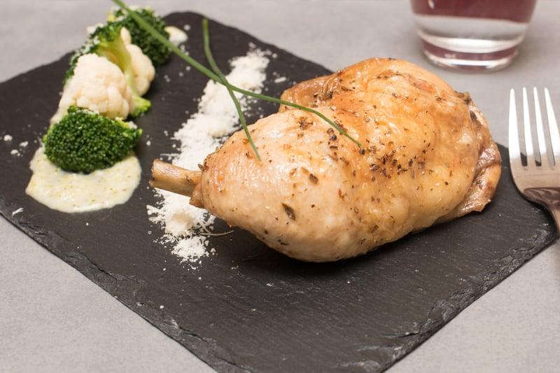 Poulet et estouffade de légumes