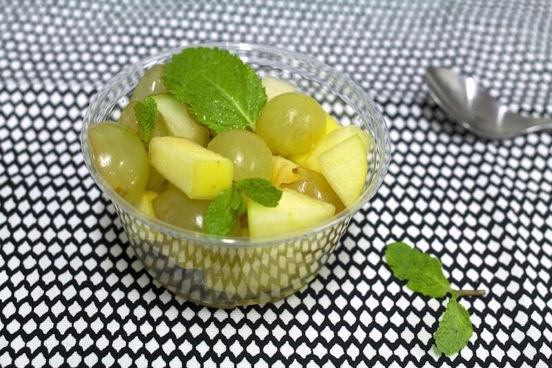 Pommes poires raisins