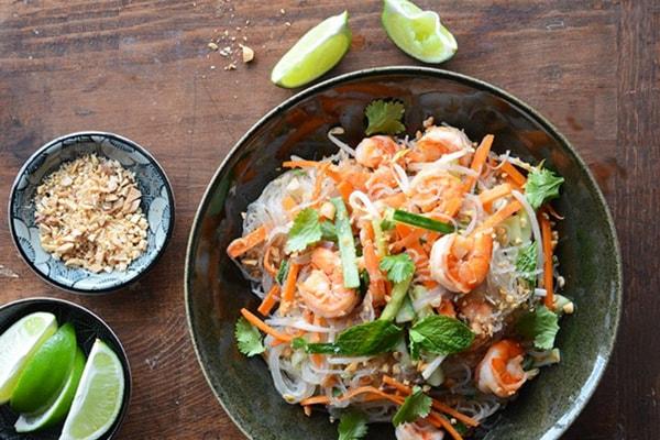 Salade vietnamienne aux vermicelles de riz et crevettes