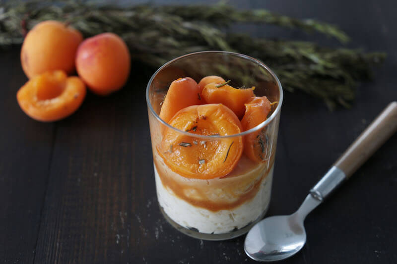 Riz au lait abricot et romarin
