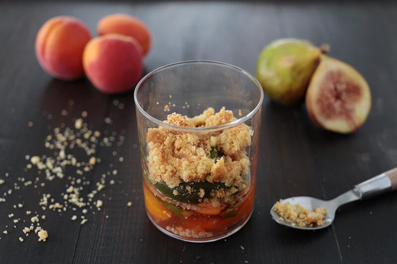 Abricot et figue rôtis, fève tonka