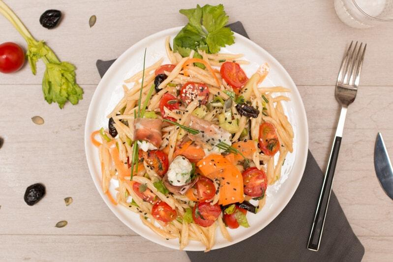 Salade pates tomates céleri